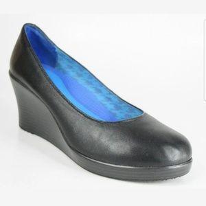 Crocs A Leigh 7.5 Wedge Shoes Classic Pumps Black